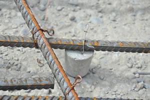 写真:鉄筋の結束線